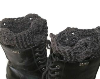 XL Boot Cuffs, Crochet Boot Toppers, Black Leg Warmers, Womens Boot Socks, Gray Boot Cuffs, Black Boot Cuffs, Boot Topper, Winter Trend