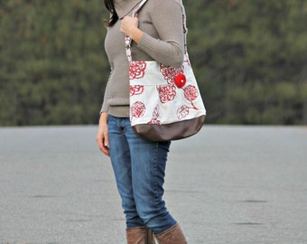 Concealed Carry Purse, Medium Messenger Bag, Red Flowers, Conceal Carry Handbag, Concealed Carry Purse, Conceal and Carry