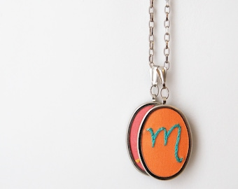 Mom Jewelry Initial necklace hand Embroidery Gifts for Mom Initials Necklace Charm Stitched letter Pendant Mothers Day Personalized Jewelry