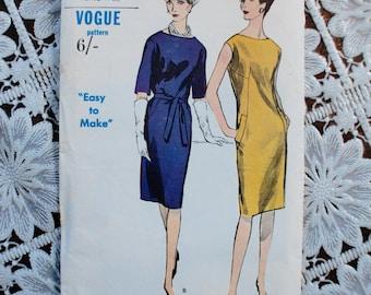 "1960s Vintage VOGUE 6078 dressmaking Pattern 36"" Bust UK 10-12 Simple shift Dress Classic UNUSED"