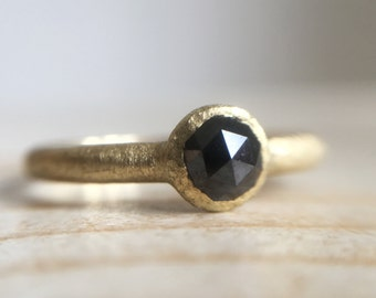 18k green gold ring with black, rose cut diamond - Old style engagement ring