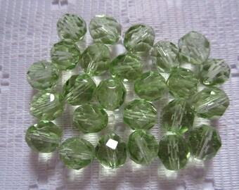 25  Light Peridot Green Faceted Crystal Cut Round Czech Glass Beads  8mm