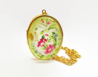 Locket Necklace, Lockets for Women, Locket Pendant, Gold Locket Necklace, Floral Locket Pendant, Vintage Locket Necklace, Boho Locket
