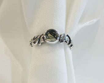 Sterling Silver Ivy Leaf Ring Made to Order, silver ivy ring, moss agate ring, creeping ivy ring, ivy jewellery, leaf ring