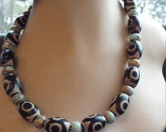 One strand beaded necklace made with painted jasper and jade