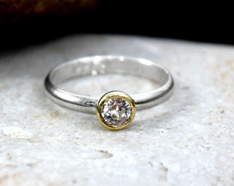 Light point ring in silver and Cubic Zirconia