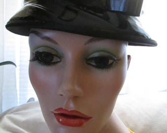 Vintage Ladies Black Patent/Vinyl HEAD-TOPPER HAT----No Label