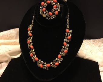 LISNER Necklace, Bracelet and Brooch. Goldtone, Coral & Rhinestones make this a compliment to any outfit.