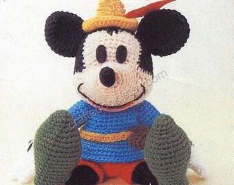 Amigurumi Patterns Disney : Disney amigurumi etsy