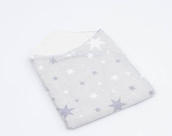 Lullaby for baby with inner-curl model grey stars