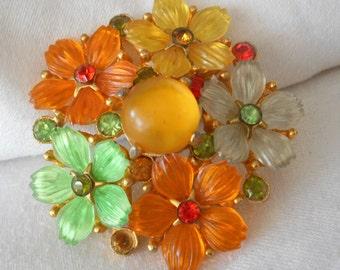 VINTAGE Colorful Flowers Plastic Costume Jewelry Brooch