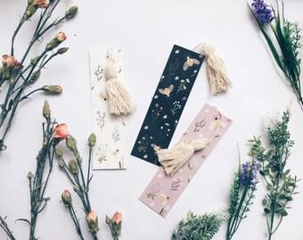 Bee&Flowers Bookmark