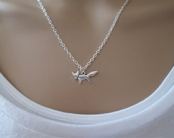 silver fox necklace for women - simple minimalist jewellery -dainty silver necklace - fox gift for women