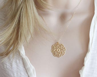 Gold Filagree Necklace Round Filagree Pendant Jewelry Set Boho Jewelry
