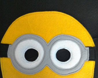 Felt Minion inspired mask for dressing up, costume party or role play for children. Great birthday gift!