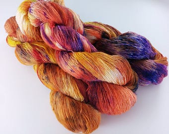 100g Halloween Fabulous Four laceweight singles base: Alpaca, Masham, Romney lambswool + Bluefaced Leicester. Laceweight single