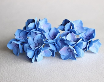Hair pin with blue hydrangea flowers Blue Hydrangea hair clip Hydrangea pin Blue hydrangea piece Wedding flowers hair Something blue