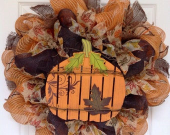 Country Pumpkin Welcome Harvest Wreath