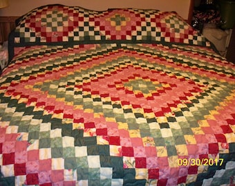 TRIP AROUND WORLD Quilt- Maroon-Green - Full Size - 80X95