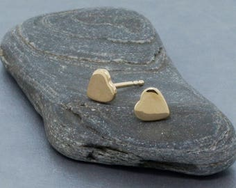 14K Gold Heart Studs Minimalist Earrings • Cute tiny hearts for girls • Romantic gift for her • Simple everyday earrings