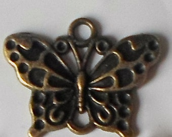 10 X Antique Bronze Butterfly Vintage Steampunk Beads/Charms/Pendants - 25mm CH31