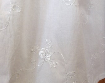 White Embroidered Cotton Fabric, White Cotton Embroidered Fabric, White Cotton Fabric
