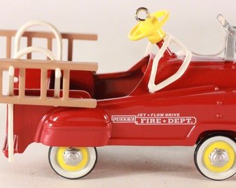 NEW!!!! VINTAGE 1995 ~Kiddie Car Classics~ Murray Fire Truck Keepsake Ornament. qx5027