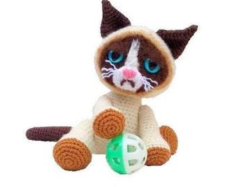 Grumpy Kitty Cat Crochet Pattern - PDF