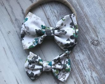 Spring flower bow- bows for girls- white and grey - baby girl bows - hairbows