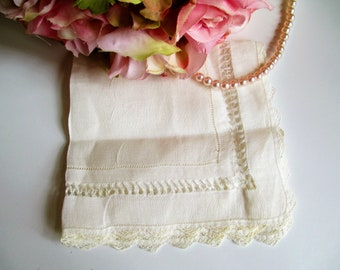Vintage Hankie Lace Drawn Work Pulled Thread Very Delicate Hand Work Handkerchief
