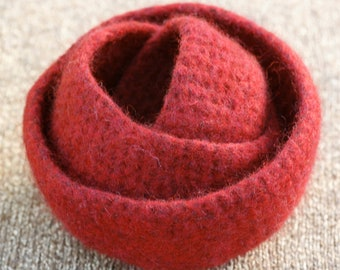 Red festive felted bowls