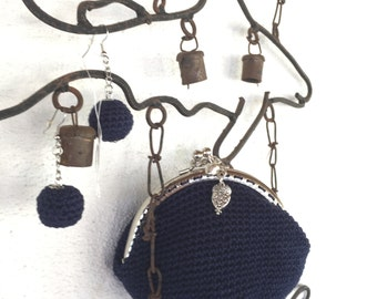 Crochet coin purse Metal Kiss Clasp  and matching earrings RoMaNTIc in BluE
