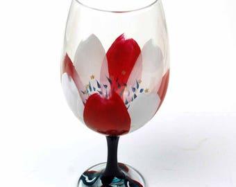 Patriotic Petals Wine Glass