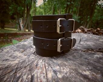Bracelets de force en cuir large