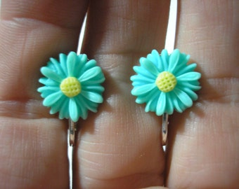 """Play Earring - Clip or Pierced - Daisy - Turquoise - 1/2"""""""