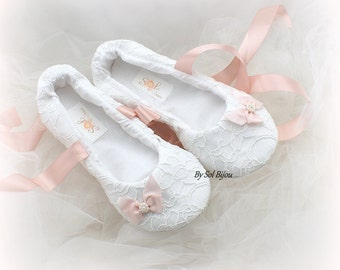 White and Pink Ballet Shoes White Lace Ballet Flats Flats with Pink Bows Custom Flats with Ties Wedding Shoes Ballet Slippers