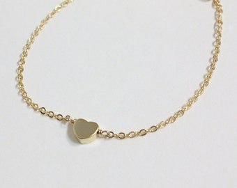 Bridesmaid gifts - Set of 5 - Golden tiny heart simple bracelet