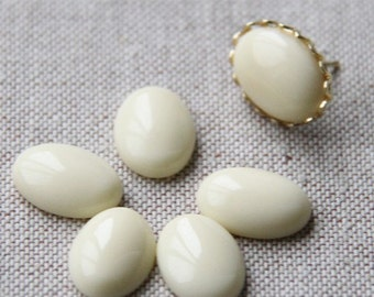 12pcs of resin sparkle dome 13x18mm RC1019-11-ivory