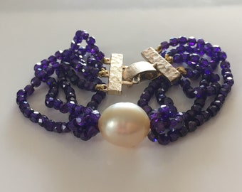 South sea pearl cuff style bracelet