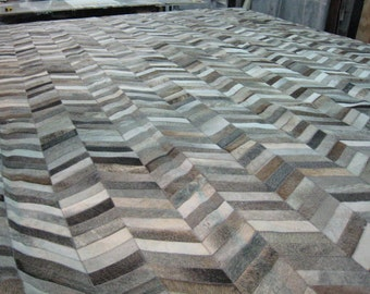 RAW Leather Argentina - COWHIDE Patchwork RUGS  - Chevron, Mix of Medium, Dark and Brown Greys, 5' x 7' - Handmade