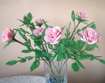 Bouquet of pink roses made of beads