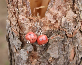 Adorable ceramic dangle red earrings, ceramic earrings, unique gift for her, red earrings, light earrings, folk earrings, carmen earrings
