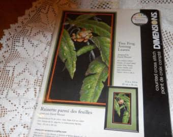 Counted Cross Stitch - Tree Frog
