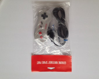 Nintendo NES DOGBONE Controller! Brand New & Factory Sealed. Official Nintendo Product! Rare Vintage Retro NEW