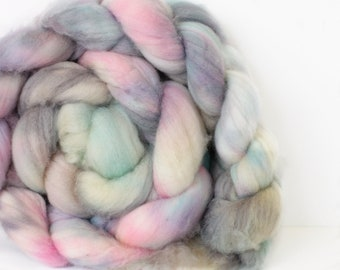 Amethyst 4 oz Merino softest 19.5 micron Roving Top for spinning