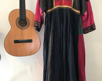 Vintage small/ medium bohemian dress, embroidered dress, festival dress, hippie dress, tibetian dress, gypsy dress, free people like, indian