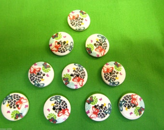 Round 2 Hole Abstract Flower Sewing Buttons Scrapbooking 18mm x 5 Buttons