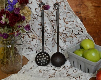 2 Beautiful Vintage Cast Iron Metal Serving Spoons with Hooks Handle Rustic Primitive Kitchen Decor Set of 2