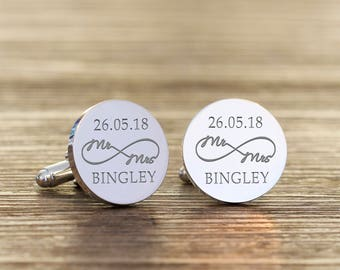 Personalised Mr & Mrs Infinity Round Cufflinks