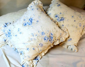 Pillow Shabby Chic PILLOWS ..Simply Shabby Chic by Rachel Ashwell White Linen w Blue flowers and button back w ruffles 16 x 16""